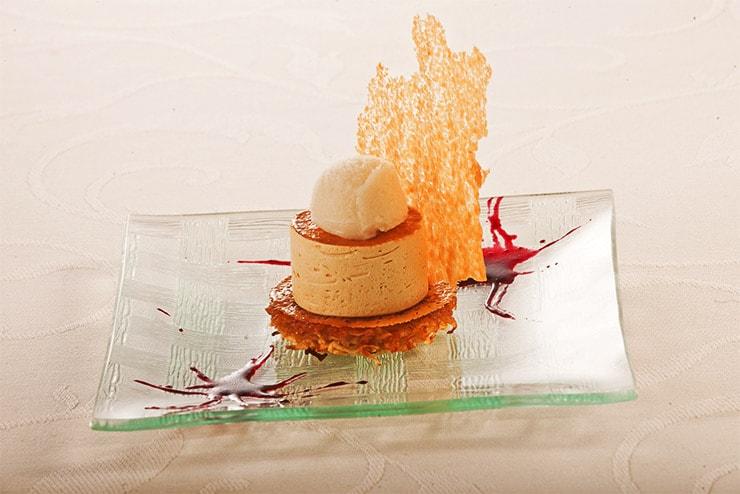 Râpée de pommes et sa mousse aux deux caramels, sorbet du brasseur